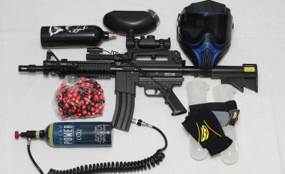 Paintball_Gun_and_Equipment